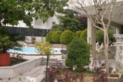 5 Floors Villa For Sale In Beit Mery