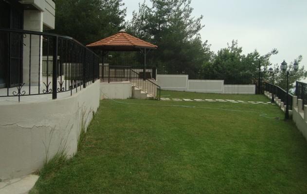 Garden floor Apartment For Sale In Rabwe