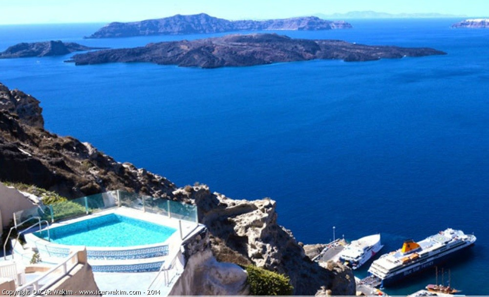 Luxury 5 Stars Boutique Hotel in Santorini For Sale