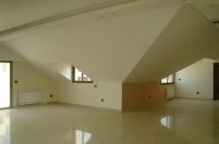 Rooftop For Sale In Mazraat Yachouh