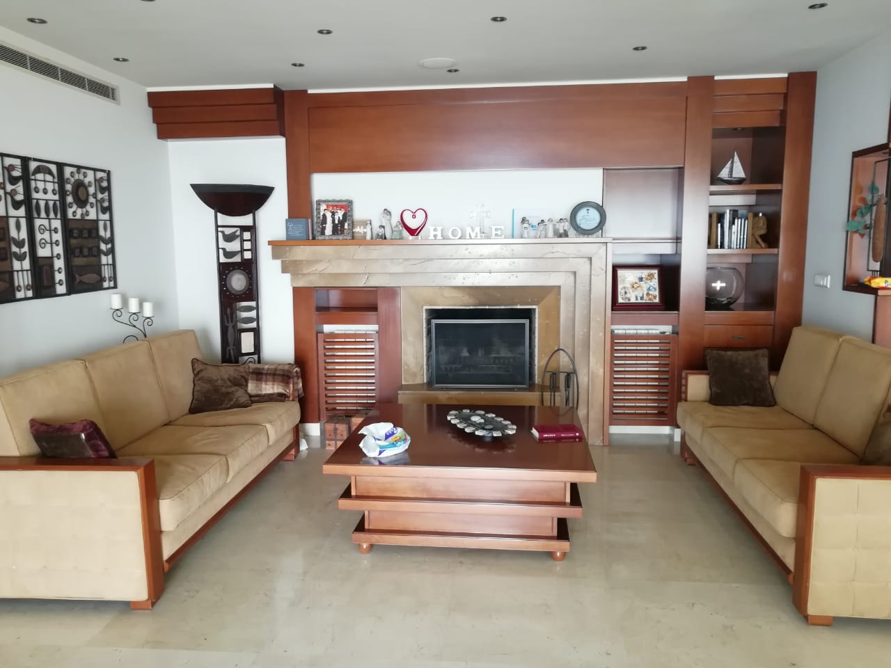 Apartment With Roof Top For Sale In Ain Aar