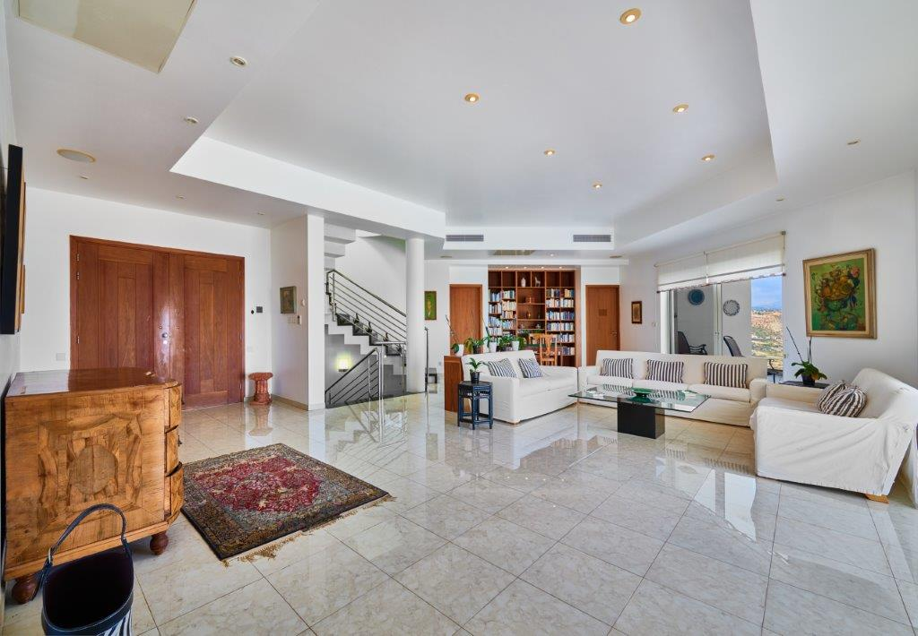 Unobstructed Sea View Triplex Villa For Sale In Cyprus