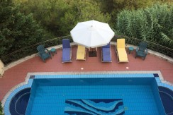 Mountain View Triplex Villa For Sale In Monteverde